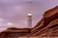 Faro de Trafalgar. (Antonio Camelo) Tags: nikon lighthouse faro playa beach sand arena night noche