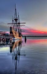 Mayflower II (DeadDogsEye) Tags: deaddogseye plymouth400 plymouthmassachusetts400 plymouth pilgrims plimothplantation sunrise sunset southshore sky