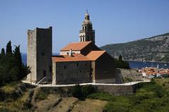 Nikolaikyrkja (dese) Tags: komiža kyrkje church vis nikolaikyrkja july24 2018 europa adriahavet adriaticsea adriatic july juli summer sommar ferie croatia kroatia europe dalmatia coast