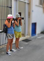 Dupond & Dupont (Thierry.Vaye) Tags: lolo loanne nadia crète vacances délire humour