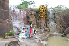 _DSC6674 (Quyr) Tags: dalat vietnam green smoke frog cloud tree forest langbiang lamdong portrait thunglungvang duonghamdatset