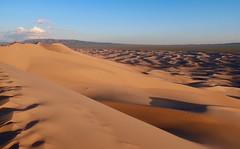 Singing Sands (carfull...in Wyoming) Tags: gobi desert sand dune mongolia khongorynels duutmankhan singingsands