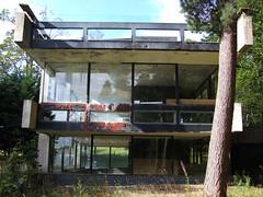 Bernat Klein Studio (Ross_Angus) Tags: bordersbrutalism peterwomersley bernatkleinstudio architecture brutalism building