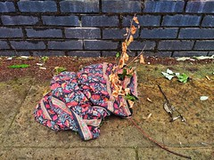 Random bit of cloth (tubblesnap) Tags: abandoned discarded rubbish trash cloth material patterned