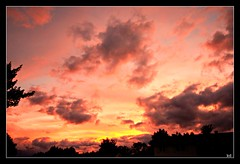aug setting (Kens images) Tags: nature sunset colour photography august evening panorama beauty skies canon
