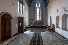 carmel de la réparation-0130 (Under The Dust) Tags: urbex couvent convent carmel abandonne religious