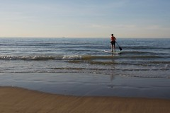 stand-up paddle (pierre.pruvot2) Tags: france gx80 pasdecalais plagedecalais calais