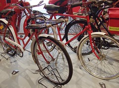 Earlier Version with full length Chainguard (classic-photographic) Tags: royal museum pic postal the mail bicycle