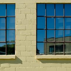(jtr27) Tags: dscf1648xl jtr27 fuji fujifilm xt20 xtrans xf 1855mm f284 rlmois square building abstract reflection traversecity michigan window