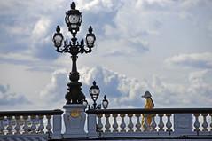 La passante au chapeau (jeangrgoire_marin) Tags: passerby promenade candid bridge romantic summer tourist lady