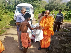 """Kerala Flood Relief Work by Ramakrishna Mission, Coimbatore <a style=""""margin-left:10px; font-size:0.8em;"""" href=""""http://www.flickr.com/photos/47844184@N02/29571566117/"""" target=""""_blank"""">@flickr</a>"""