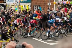 Rounding the Corner (Sue_Hutton) Tags: eastleake nottinghamshire september2018 tourofbritain autumn event peloton racingcyclists sport