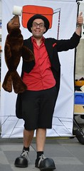 DSC_0428 (2) (italia_press.media68) Tags: stramu 2018 würzburg musikfest music festival germany deutschland bayern bavaria franken franconia strassenmusikfest street performers personen gruppenfoto strassenkunstler strasenkunstfest strasenkunsikfest strasenmusik frankenmetropole people musiker musik busker buskers tag door entrance colourful strassenmusikfestival city jazz rorck´n´roll girl stage verschwommen