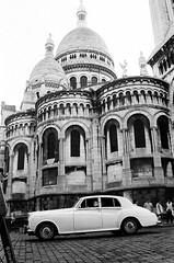 #montmartre #paris #b&w #35mm #analog #filmisnotdead #kodak (cristinatorre) Tags: filmisnotdead analog 35mm b paris kodak montmartre