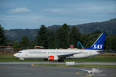 SAS - LN-RRU - B737-800 (Aviation & Maritime) Tags: lnrru sas scandinavianairlines scandinavian boeing boeing737 b737 b737800 boeing737800 bgo enbr flesland bergenairportflesland bergenlufthavnflesland bergen norway
