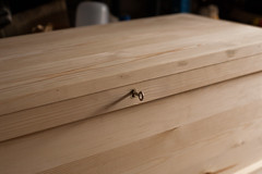 Toolchest : Key/Brass Escutcheon Detail (btyreman) Tags: woodwork pine brass escutcheon chest key lock lockandkey open close lid toolchest toolbox joinery detail craft woodworking inlay metal wood redwoodpine scotspine
