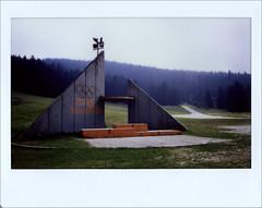Bosnie - Sarajevo - Podium - JO d'hiver 1984 (FABIANI.T) Tags: instax instant instantané urbex abandonné abandonned bosnie sarajevo mostar instaxwide roadtrip
