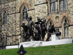 Ottawa Photo: War of 1812-1815 Monument Unveiled On Parliament Hill November 6, 2014 (drum118) Tags: ottawaphoto urbanottawa historicalplace historicalbuilding historicalmonument warmemorial warof18121815monument unveiledonparliamenthillnovember6 2014