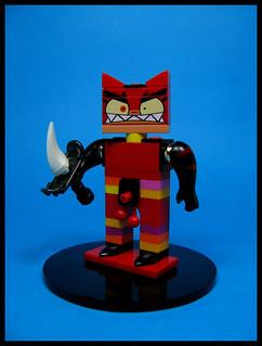 Woah! You one angry kitty...