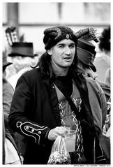 -- (Matías Brëa) Tags: carnaval carnival calle street documentalismo documentary social personas humanos gente people blancoynegro blackandwhite byn bw bnw mono monochrome monocromo cuernos