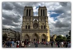Notre Dame ( Explored) (jesus.de.leon1) Tags: notre dame paris cielo catedral