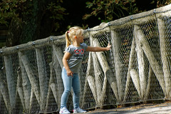 La curiosité 5/5 - The curiosity 5/5 (p.franche occupé - buzy) Tags: petitfille blonde pont béton acier grillage curiosité jeunesse instantané parc streetshot portrait tendresse doigts main littlegirl bridge concrete steel fence curiosity youth instant park tenderness fingers hand sony sonyalpha65 dxo photolab bruxelles brussel brussels belgium belgique belgïe europe pfranche pascalfranche schaerbeek schaarbeek parcjosaphat josaphatpark woman frau 女子 여성 kvinde mujer nainen γυναίκα אישה امرأة nő wanita bean kona donna 女 kvinne kobieta mulherженщина kvinna žena หญิง đànbà vrouw