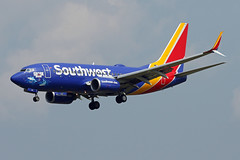 B737-7.N961WN (Airliners) Tags: swa southwest southwestairlines 737 b737 b7377 b737700 b737ng boeing boeing737 boeing737700 mako makoshark sharkweek speciallivery specialcs bwi n961wn 82718