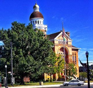 Paulding Ohio - Paulding Courthouse - Architecture - Richardsonian Romanesque