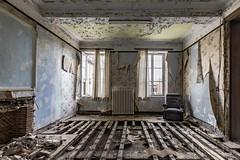 carmel de la réparation-0105 (Under The Dust) Tags: urbex couvent convent carmel abandonne religious