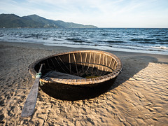 Da Nang 04 (arsamie) Tags: danang vietnam asia beach basket boat sand sunset sea water waves contrast mountain coast fishing light shadow landscape