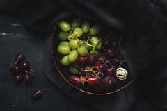 美食攝影 (benageXYZ-邊) Tags: ç´è² profoto d2 grapes grape fruit benagexyz taiwan food foodphotography fooddrink foodpron 葡萄 水果 lowkey nikon d810