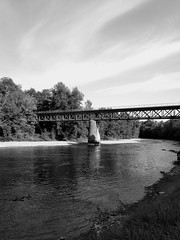 Gave d'Orthez (ajdeprez) Tags: bridge river architecture blackandwhite bwphoto photography bnw bw construction building landscape view paysage tree nature environment shore water reflection france french sea sky skyline horizon treeline moutains woods forest