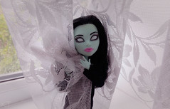 I hide somewhere... (KT▲Kate_and_Tanya) Tags: monster high scarah screams fashion black gothic style doll dolls mattel kt