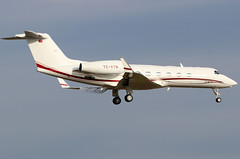 TC-VTN_01 (GH@BHD) Tags: tcvtn gulfstreamaerospace gulfstream g450 g4 guiv zrh lszh zurichairport zurich kloten wef wef2018 aircraft aviation bizjet corporate