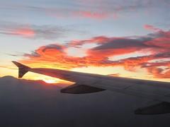 inflight sunset (kenjet) Tags: inflight windowseat windowview fromthewindow sunset evening pm clouds cloud fire smoke pattern sky orange wing winglet airbus vx virgin virginamerica onboard view jeffersonairplane jet plane aviation airline airliner flugzeug n625va a320 a320214