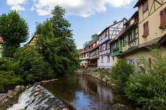 Kaysersberg (StephanExposE) Tags: kaysersberg alsace france village city fleur flower stephanexpose canon 600d 1635mm 1635mmf28liiusm riviere river