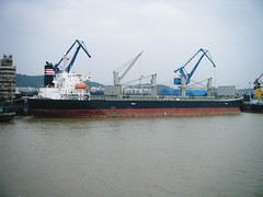 MV Tarapica (hugh llewelyn) Tags: yangtzeriver mvtarapica