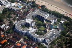 Hotel Pullman Legian Nirwana (Ya, saya inBaliTimur (leaving)) Tags: bali aerialview fotoudara aerial building gedung architecture arsitektur hotel kuta