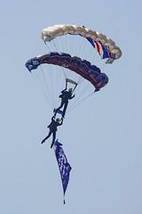 DSC03521 (Brian Wadie Photographer) Tags: twister arrows parachute wingwalkers