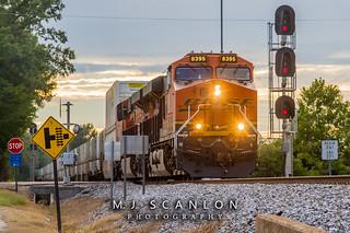 BNSF 8395 | GE ES44C4 | NS Memphis District West End