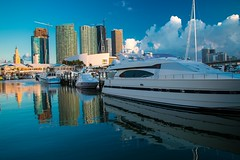 Bayside Marina-9073 (islandfella) Tags: bayside marina miami downtown dade florida water reflection boats skyscrapers morning city