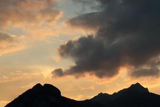 Sonnenuntergang - Sunset in den Berner Alpen - Alps im Berner Oberland im Kanton Bern der Schweiz