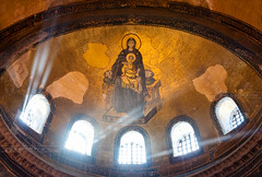 _DSC2103 - The Virgin and the Child mosaic of Hagia Sophia (AlexDROP) Tags: 2018 turkey europe istanbul art travel architecture byzantine color lightbeam interior church cathedral mosaic nikond750 afsnikkor28300mmf3556gedvr best iconic famous mustsee picturesque postcard
