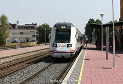 Tren 17900 (joseignacioalbala) Tags: tren ferrocarril cáceres extremadura navalmoral de la mata 598 automotor