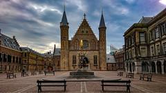 Binnenhof, The Hague, 20180813 (G · RTM) Tags: denhaag zuidholland netherlands nl ridderzaal binnenhof fontein politiek prinsjesdag politics dutch holland