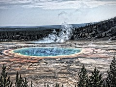20180817-102447-4 (alnbbates) Tags: august2018 yellowstonetrip yellowstonepark grandprismaticspring thermalfeature