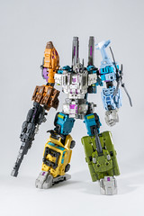 DSC07722 (KayOne73) Tags: iron factory combaticons bruticus combiner legends class war giant
