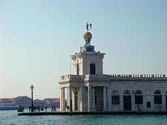 Punta della Dogana (Gijlmar) Tags: itália italy italien italie włochy ита́лия ιταλία europa ευρώπη europe avrupa европа veneza venice venezia venedig venecia вене́ция venise βενετία céu sky cielo