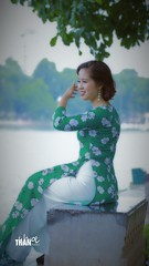 Beauty (khoitran1957) Tags: woman aodai vietnam girl fashion people