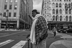 Market Street, 2017 (Alan Barr) Tags: philadelphia 2017 marketstreet marketstreeteast marketeast 8thstreet street sp streetphotography streetphoto blackandwhite bw blackwhite mono monochrome candid city people panasonic lumix gx85